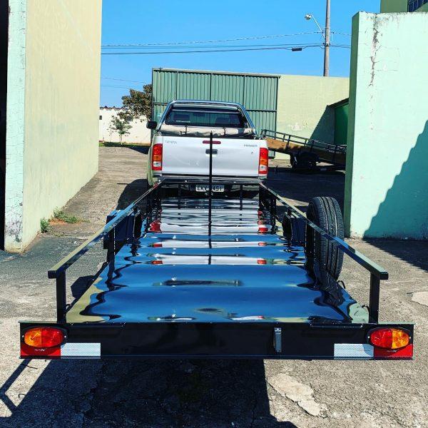 Carreta para transportar mini veículos