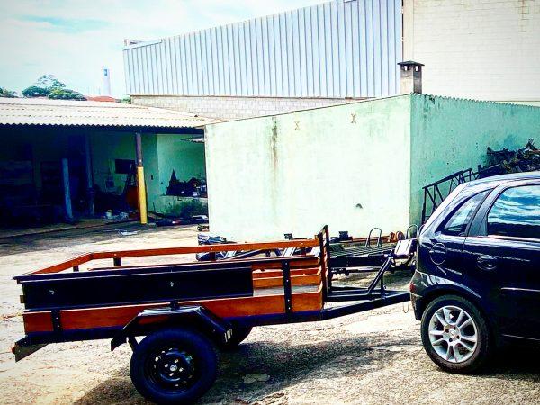 Carreta Fazendinha mista carga / 1 moto 1,10 x 1,70