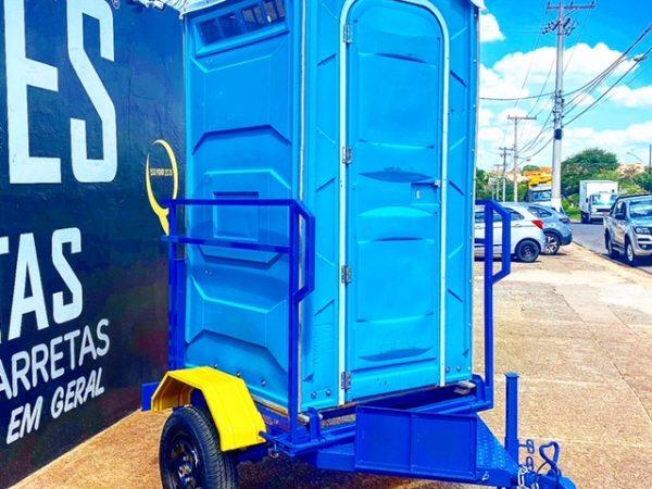 Carreta para transporte de 1 banheiro químico